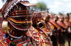 [Photo] Những bé gái hoảng sợ khi bị cưỡng ép kết hôn ở Kenya