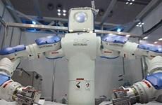 Nhật Bản đầu tư 100 tỷ yen phổ cập người máy cho doanh nghiệp