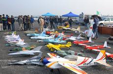 Hà Nội: Thú chơi máy bay mô hình chinh phục người đam mê độ cao