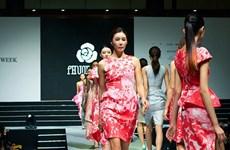 Nhà thiết kế Việt Nam ra mắt bộ sưu tập Xuân Hè tại Hàn Quốc