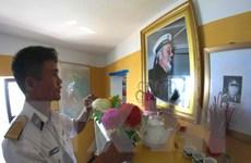 [Video] Tuổi trẻ tưởng niệm Bác Hồ từ quần đảo Trường Sa
