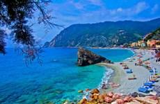 Ba bãi biển đẹp nhất ở Italy mà du khách không nên bỏ lỡ
