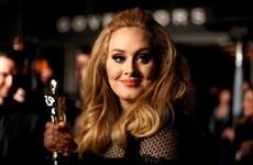 """Album """"21"""" của Adele là album bán chạy nhất thập kỷ ở Anh"""