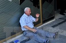 Các ngân hàng Hy Lạp tiếp tục duy trì hạn mức rút tiền