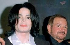 Bác sĩ thẩm mỹ từng điều trị cho Michael Jackson qua đời