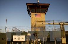 """Chính quyền Mỹ """"dậy sóng"""" vì kế hoạch đóng nhà tù Guantanamo"""