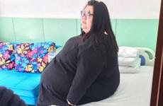 Người phụ nữ béo nhất Trung Quốc phẫu thuật dạ dày để giảm cân