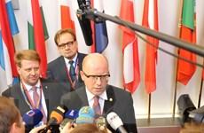 Thủ tướng Séc thăm Trung Quốc để phát triển quan hệ kinh tế