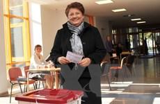 Thủ tướng Latvia Laimdota Straujuma tuyên bố sẽ từ chức