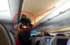 Hành khách Trung Quốc bị bắt vì tội trộm tiền trên máy bay ở Thái Lan