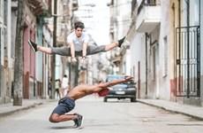 [Photo] Đắm mình với những vũ điệu ballet ngay trên đường phố Cuba