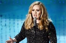 """""""Họa mi nước Anh"""" Adele được vinh danh là Nghệ sỹ của năm"""