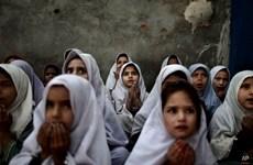 [Photo] Ám ảnh sâu sắc với các bức hình chụp trẻ em tị nạn