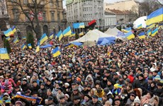 Người dân Ukraine biểu tình phản đối tăng giá khí đốt và dịch vụ công