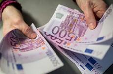 """Đồng euro """"âm thầm"""" mạnh lên khi đứng ngoài biến động của thị trường"""
