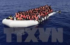 Số người di cư vượt Địa Trung Hải từ Libya tới châu Âu tăng mạnh