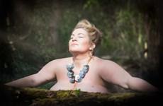 """""""Bộ ảnh nude"""" giúp phụ nữ thay đổi nhận thức về ung thư"""