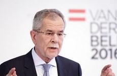 Ông Alexander Van der Bellen được bầu làm Tổng thống Áo