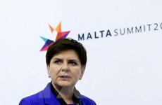 Thủ tướng Ba Lan vẫn tiếp tục nhiệm vụ sau tai nạn xe hơi