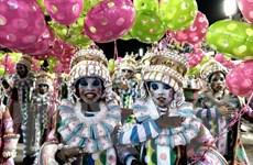 Hàng triệu lượt người tham gia lễ hội hóa trang Carnival tại Brazil