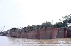 Lắp đặt camera phục vụ quản lý và giám sát trên sông Hồng