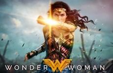 [Video] Cựu Hoa hậu Israel đẹp hút hồn trong Wonder Woman