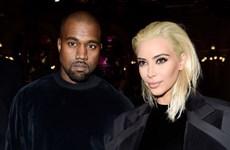 """Kanye West và Kim Kardashian """"đại náo"""" chương trình Balmain"""