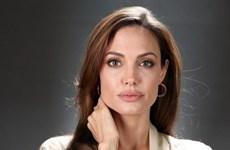 """Nhật ký phẫu thuật cắt bỏ buồng trứng của """"chiến binh"""" Angelina Jolie"""