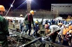 [Photo] Sập giàn giáo tại Formosa, hàng chục người thương vong