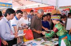 [Photo] Hội chợ du lịch Tây Bắc nhân Giổ Tổ Hùng Vương