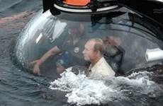 Tổng thống Nga Putin lặn xuống Biển Đen khám phá tàu đắm