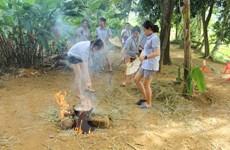 Đoàn giao lưu thanh niên Việt-Thái thử tài chế biến nông sản