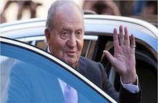 Cựu vương Tây Ban Nha Juan Carlos đối mặt với cáo buộc rửa tiền