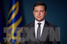 Tổng thống Ukraine nhập viện do dương tính với virus SARS-CoV-2