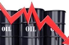 Giá dầu thế giới giảm phiên 12/11 do dự trữ dầu thô của Mỹ tăng cao