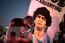 """Truyền thông Mỹ Latinh bàng hoàng trước sự ra đi của """"Cậu bé Vàng"""""""
