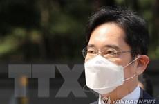 Người thừa kế Tập đoàn Samsung bị đề nghị mức án 9 năm tù vì hối lộ