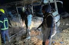 Syria: Xe buýt chở binh sĩ bị tấn công, 15 người thiệt mạng