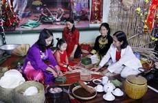 Tái hiện không khí Tết cổ truyền của Việt Nam giữa lòng Viêng Chăn