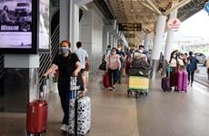 Lượng hành khách tại sân bay Tân Sơn Nhất tăng dần ngày cận Tết