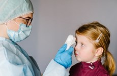 Dịch COVID-19: Anh chú trọng chăm sóc sức khỏe tinh thần của trẻ em