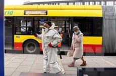 Dịch COVID-19: Chính phủ Ba Lan ban bố hạn chế mới trên toàn quốc