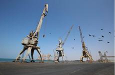 Liên quân Arab cho phép 4 tàu chở dầu cập cảng Hodeidah của Yemen