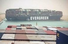 Giá dầu thế giới tăng mạnh sau sự cố tàu mắc cạn tại Kênh đào Suez