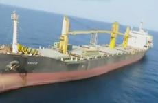 """LHQ kêu gọi """"kiềm chế tối đa"""" sau vụ tàu của Iran bị tấn công"""