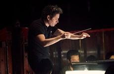 Nhạc trưởng Gustavo Dudamel trở thành giám đốc nhà hát Opera Paris