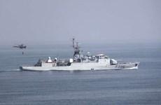 Hải quân Nga theo dõi tàu Commandant Birot của Pháp trên Biển Đen
