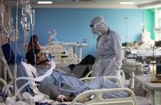 Dịch COVID-19: Số ca nhiễm trong ngày ở Ấn Độ vẫn trên mốc 300.000