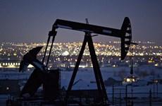 Giá dầu trên thị trường thế giới tăng gần 5% trong tuần qua