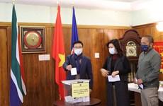 Người Việt ở Nam Phi đồng hành cùng quê hương phòng, chống dịch
